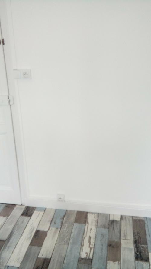 Peinture des murs et pose d''un revêtement de sol - Plérin (22)
