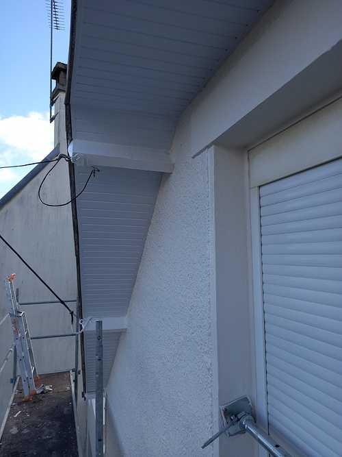 Pose de PVC en dessous de toit resized20201022131843