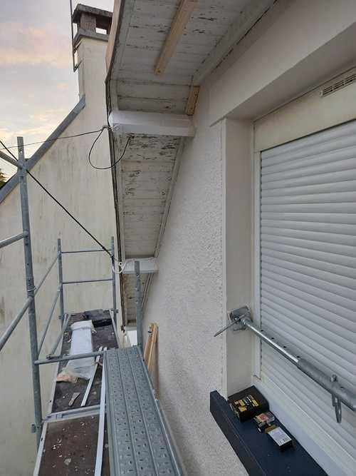 Pose de PVC en dessous de toit resized202010200915011